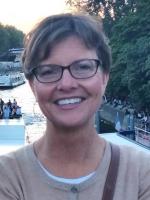 Lynn McNeil